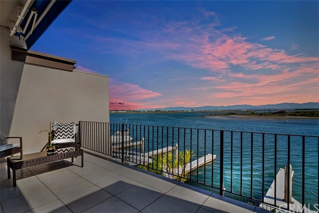 15974  Mariner Drive, Huntington Beach, California