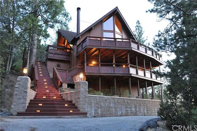 Single Family Home for Sale at 53371 Hillsdale Street 53371 Hillsdale Street Idyllwild, California 92549 United States