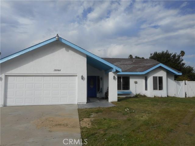 15044 Marcolesco Lane, Lake Elsinore CA: http://media.crmls.org/medias/861f5817-6de9-42d4-8e51-31fcd7ff128a.jpg