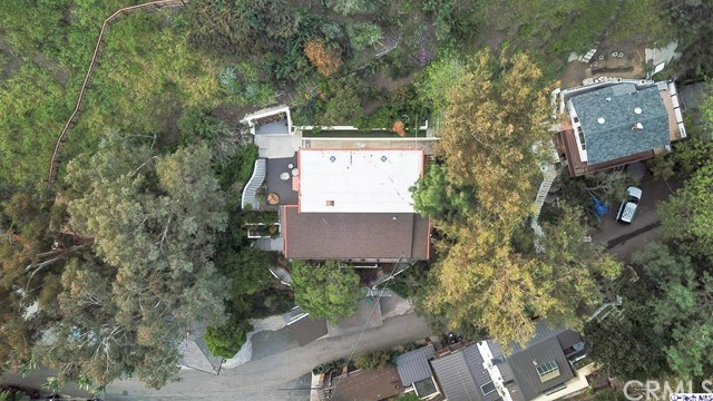 9807 Portola Drive, Beverly Hills CA: http://media.crmls.org/medias/8620e1f0-9f5d-4d93-8b43-89e780557804.jpg