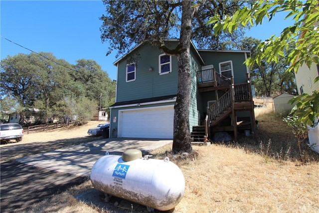 13261 Country Club Drive, Clearlake CA: http://media.crmls.org/medias/86217ed8-f1d3-43be-8b3b-4969b873fc1d.jpg