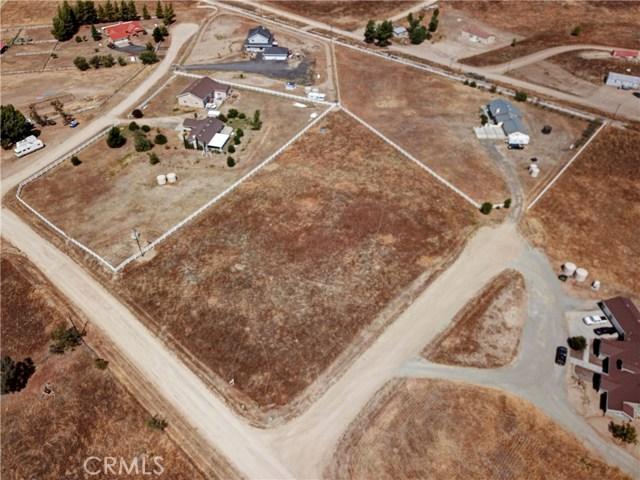 448 Comanche, Aguanga CA: http://media.crmls.org/medias/8623e389-ccec-4fea-bc10-35d69aad99f5.jpg
