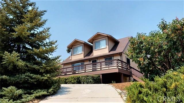 16425 Huron Drive, Pine Mountain Club CA: http://media.crmls.org/medias/86283376-bfa5-444d-8f3e-a08714200794.jpg
