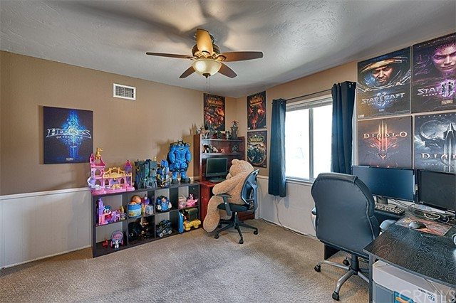 122 N Carousel St, Anaheim, CA 92806 Photo 24