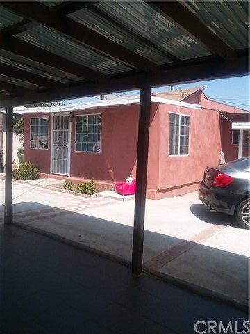 10614 S Hoover St, Los Angeles, CA 90044 Photo 9