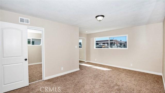 16241 Lassen Street, North Hills CA: http://media.crmls.org/medias/8642e8d1-e561-4506-a76d-712ff3d1424d.jpg