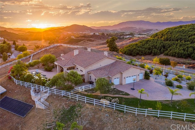 Photo of 40200 Sierra Maria Road, Murrieta, CA 92562