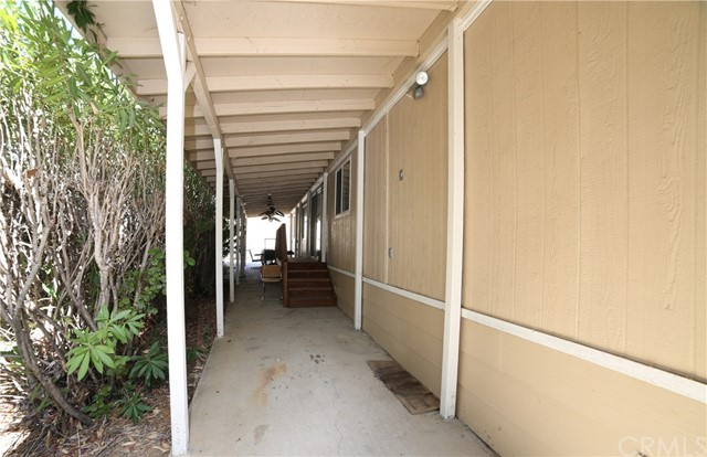 4073 Longview Lane, Paso Robles CA: http://media.crmls.org/medias/864aa9e9-39d1-4a34-ab0d-d470b1ef0ca6.jpg