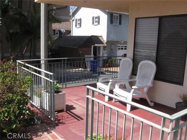 113 27th St A, Manhattan Beach, CA 90266 photo 3