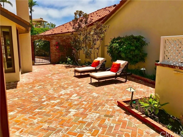 10 Los Monteros Drive Dana Point, CA 92629 - MLS #: OC18189340