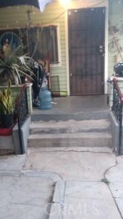 346 Laveta, Los Angeles CA: http://media.crmls.org/medias/865c21ae-a836-47ac-8a77-b0e0b75ee7be.jpg