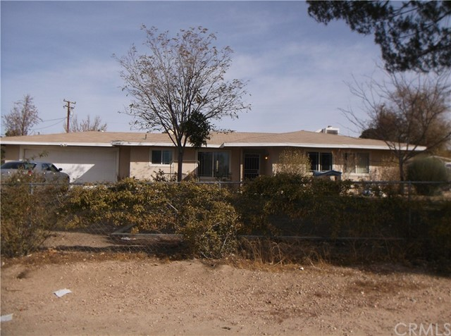 15555 Tacony Road, Apple Valley, CA, 92307