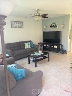 7304 Richfield Street, Paramount CA: http://media.crmls.org/medias/865e7647-0f88-4287-9d25-0800f51c5f1b.jpg
