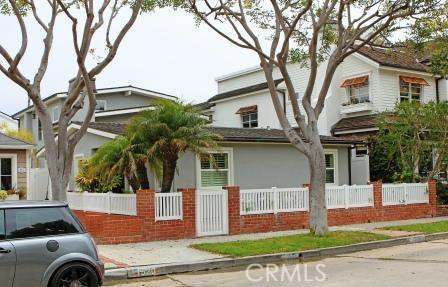 1526 E Ocean Boulevard, Newport Beach CA: http://media.crmls.org/medias/8660f242-ed1a-44db-ad35-80eea648a505.jpg