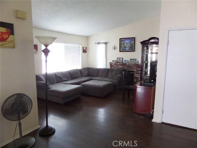 8441 Mimosa Tree Court, Riverside CA: http://media.crmls.org/medias/86671beb-c630-4cd8-8300-a6c6eab50020.jpg