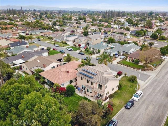 10943 Cord Avenue, Downey CA: http://media.crmls.org/medias/8667eb81-bba7-48c5-a56e-b24a21e16556.jpg