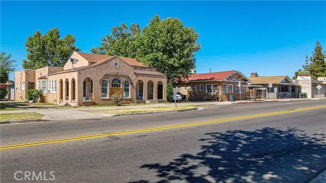 1625 E Olive Avenue, Fresno CA: http://media.crmls.org/medias/8675a92d-ab4c-44a9-aa85-c59a2431e431.jpg
