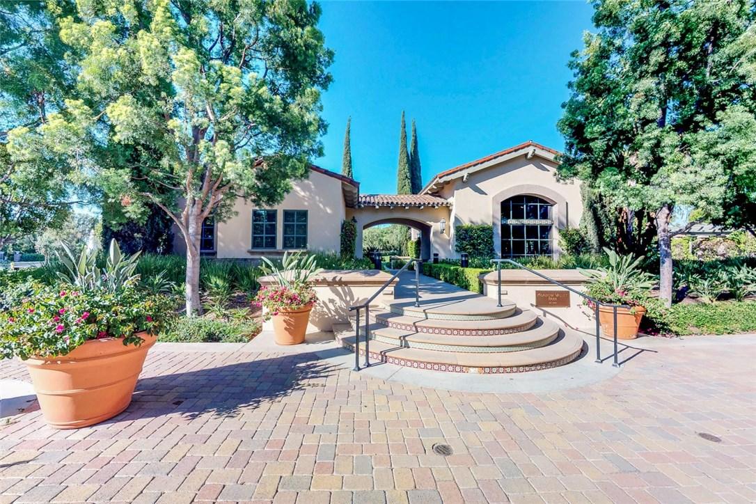 1306 Terra Bella, Irvine CA: http://media.crmls.org/medias/867fd5cf-cbe8-42fd-9bcd-e409baa80f88.jpg