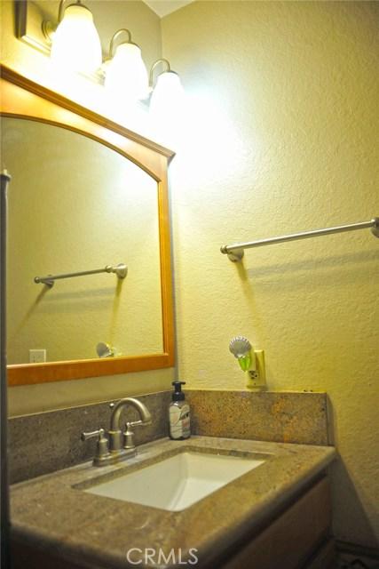 600 Central Avenue, Riverside CA: http://media.crmls.org/medias/86831955-a13c-4fd7-9cbe-6f8bda6e1559.jpg