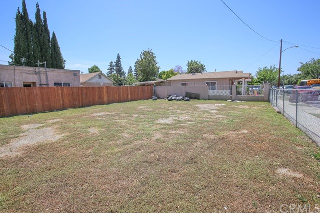 Single Family for Sale at 202 Flower Street S Santa Ana, California 92703 United States