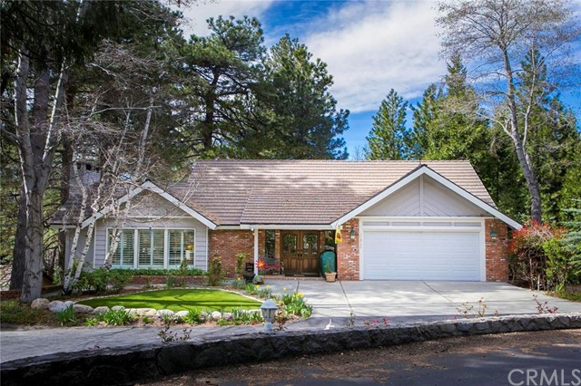 27819 Peninsula Drive, Lake Arrowhead, CA 92352