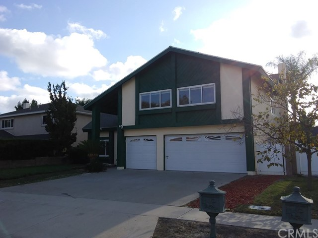 141 N Circulo Robel Anaheim Hills, CA 92807 is listed for sale as MLS Listing OC17248267