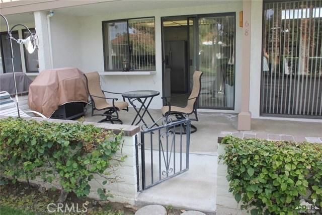 68 El Toro Drive, Rancho Mirage CA: http://media.crmls.org/medias/869f4d5d-a7ec-4ad8-b26b-85ac4bc3f34e.jpg