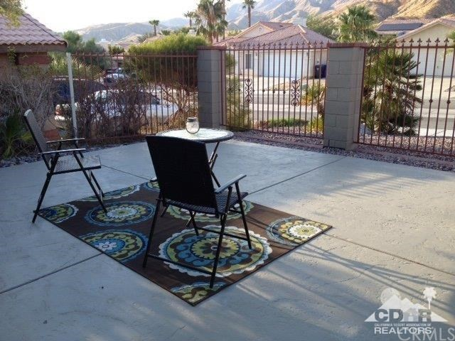 65889 Avenida Barona Desert Hot Springs, CA 92240 - MLS #: 217023010DA