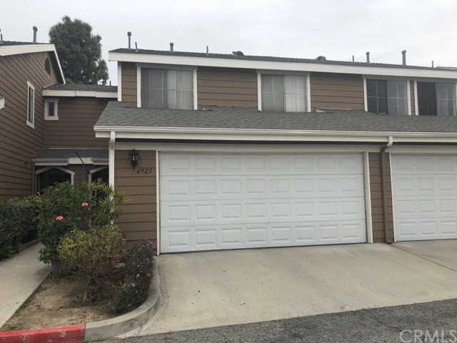 Townhouse for Sale at 6925 E Gage Avenue Commerce, California 90040 United States
