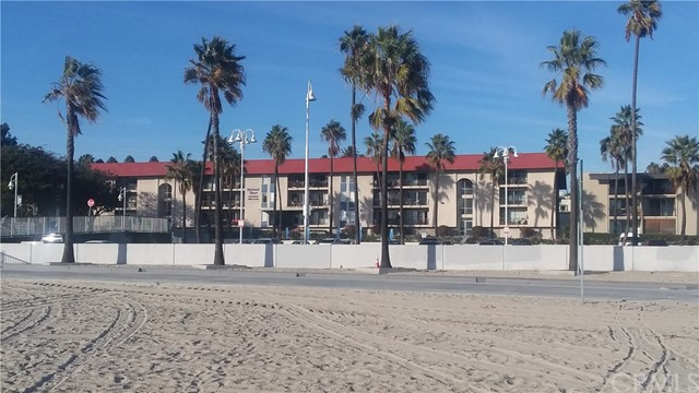 3939 E Allin Street, Long Beach CA: http://media.crmls.org/medias/86d5219a-19e9-4351-9c3d-d0d2c53503a8.jpg
