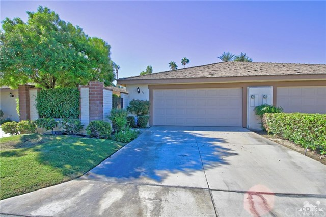 163 Madrid Avenue, Palm Desert CA: http://media.crmls.org/medias/86dc7163-f255-4871-99a3-1f65f6be41af.jpg