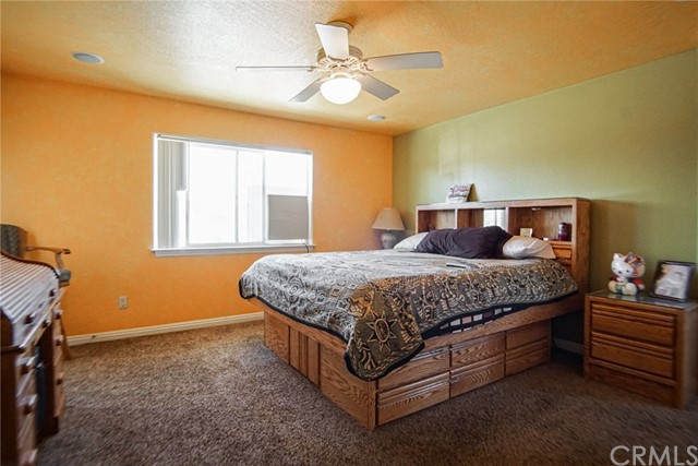 8968 Daisy Road Oak Hills CA 92344