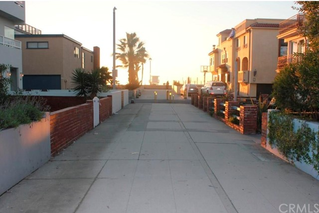 28 5th St, Hermosa Beach, CA 90254 photo 2