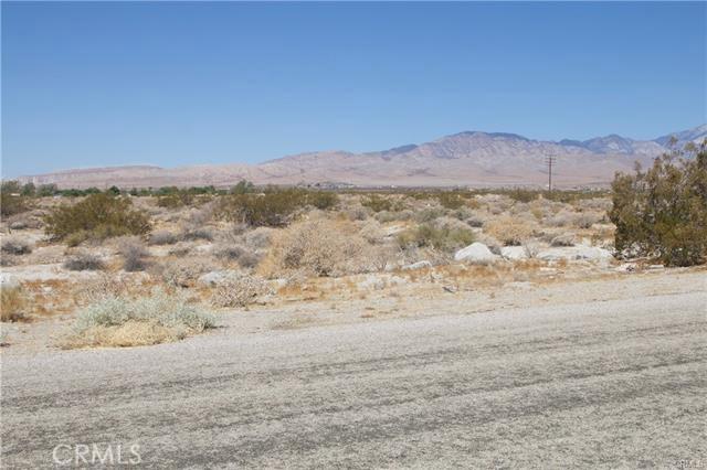 5 Kay Road, Desert Hot Springs CA: http://media.crmls.org/medias/86e3a19a-6ce3-490a-a3ee-e2ccb16d2089.jpg