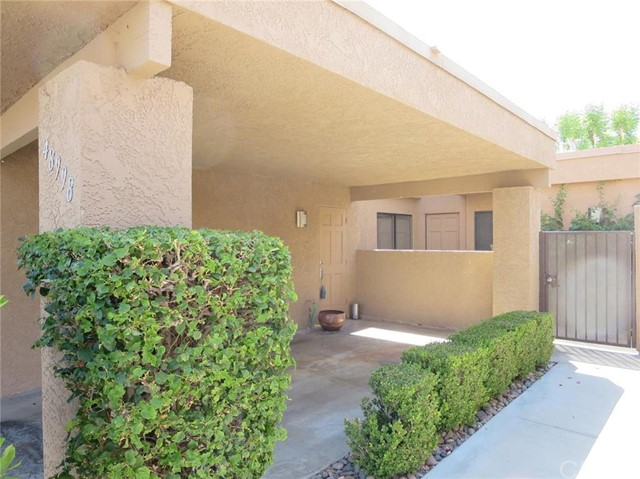 48998 Sunny Summit Lane Palm Desert, CA 92260 is listed for sale as MLS Listing 216002623DA