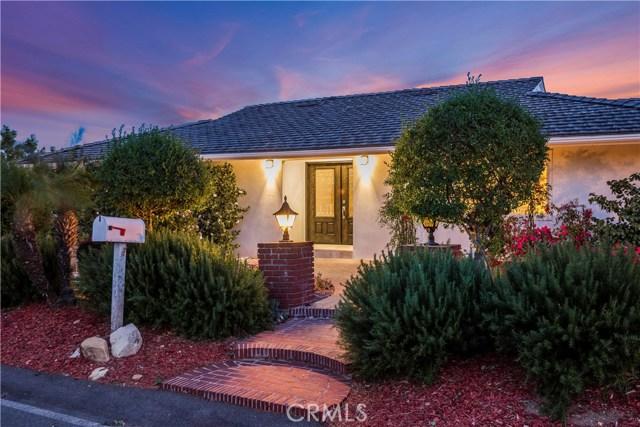 1 Maverick Lane, Rolling Hills CA: http://media.crmls.org/medias/86ec2cd4-afc5-48b0-afea-66dc7acd9f5a.jpg