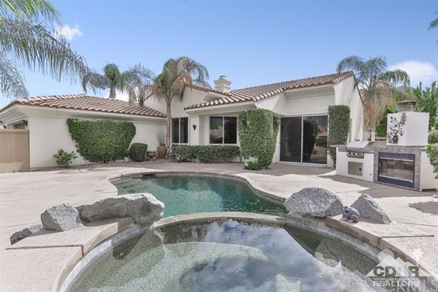 78887 Breckenridge Drive La Quinta, CA 92253 is listed for sale as MLS Listing 216005682DA
