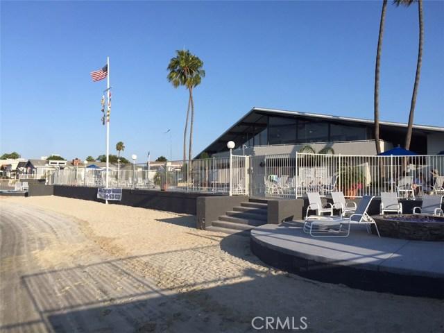 249 Mayflower Dr, Newport Beach CA: http://media.crmls.org/medias/870238ba-0bca-464d-bd64-eabac923cb05.jpg
