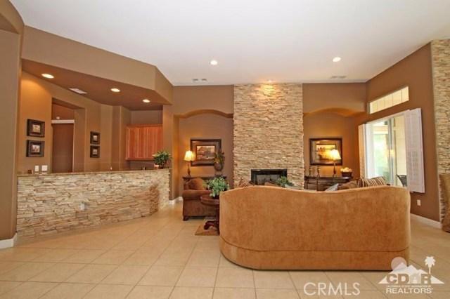 56435 Mountain View Drive, La Quinta CA: http://media.crmls.org/medias/8703c847-a258-462d-a58a-b0f87117c265.jpg