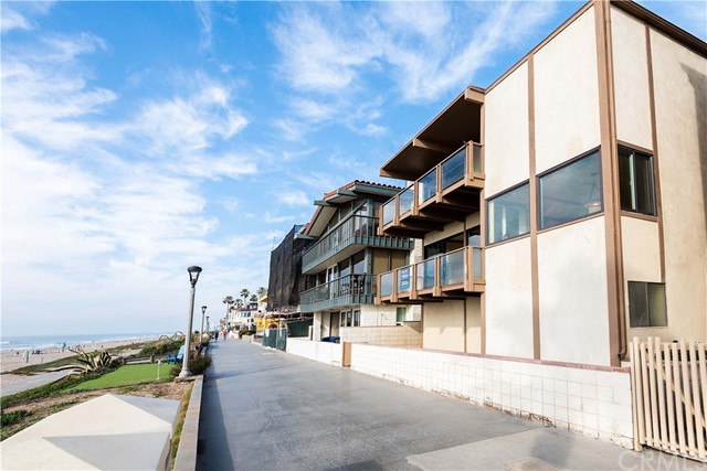 Photo of 2304 The Strand, Manhattan Beach, CA 90266