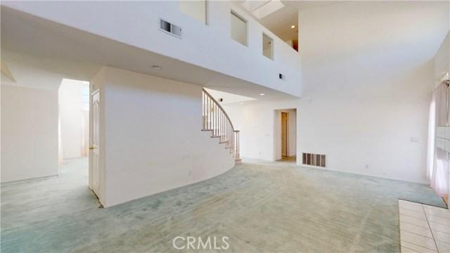 12483 Madera Street,Victorville,CA 92392, USA