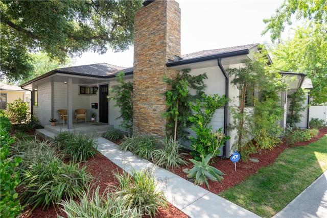 2920 Estado Street, Pasadena CA: http://media.crmls.org/medias/87146927-653e-4e38-b5e6-820824b0557a.jpg
