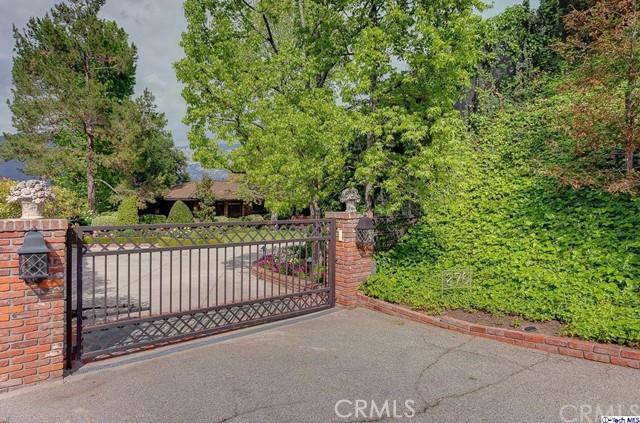 270 Saint Kathrine Drive La Canada Flintridge, CA 91011 is listed for sale as MLS Listing 316011412