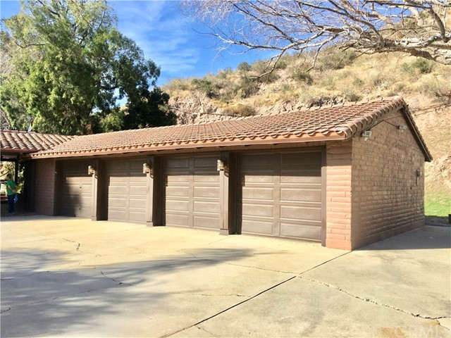 5830 N Mountain View Avenue San Bernardino, CA 92407 - MLS #: CV18015354