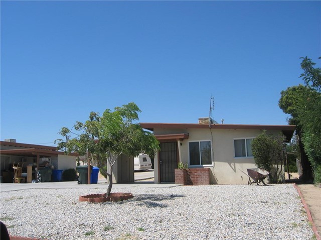 14660 Mesa Drive Victorville, CA 92395 is listed for sale as MLS Listing EV15196453