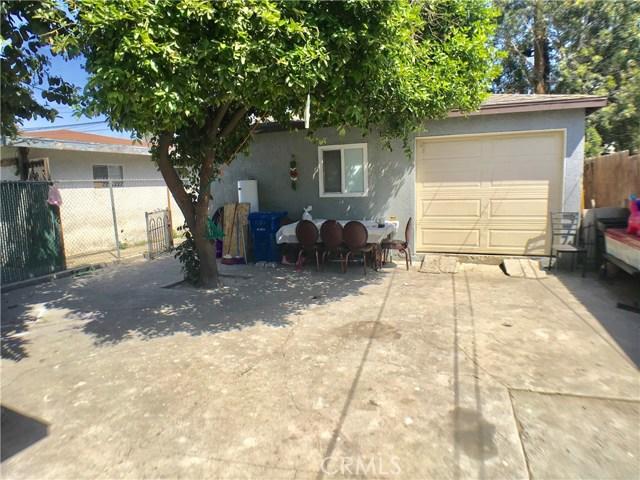 11818 2nd Avenue, Lynwood CA: http://media.crmls.org/medias/87435863-1949-489a-93ed-80cadfe2d3ef.jpg