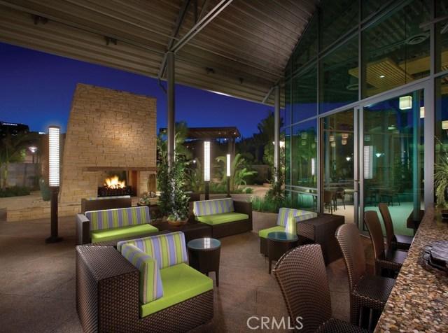 513 Rockefeller, Irvine CA: http://media.crmls.org/medias/8744ace6-bfbd-4a8c-9431-d3884a7d6d63.jpg