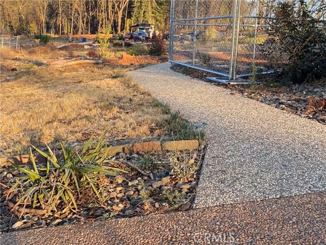 6390 Shade Tree Lane, Paradise CA: http://media.crmls.org/medias/87502b91-10df-4cde-8276-224a82a2acd9.jpg