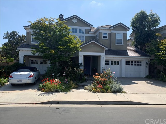 17298  Hampton Lane, Huntington Beach, California