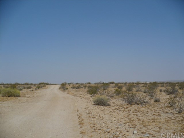 0 Mustang Trail Helendale, CA 92342 - MLS #: WS17158394